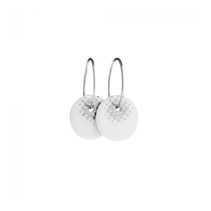 scherning – Scherning øreringe, pixl 12mm, sølv/hvid/sølv fra superlove