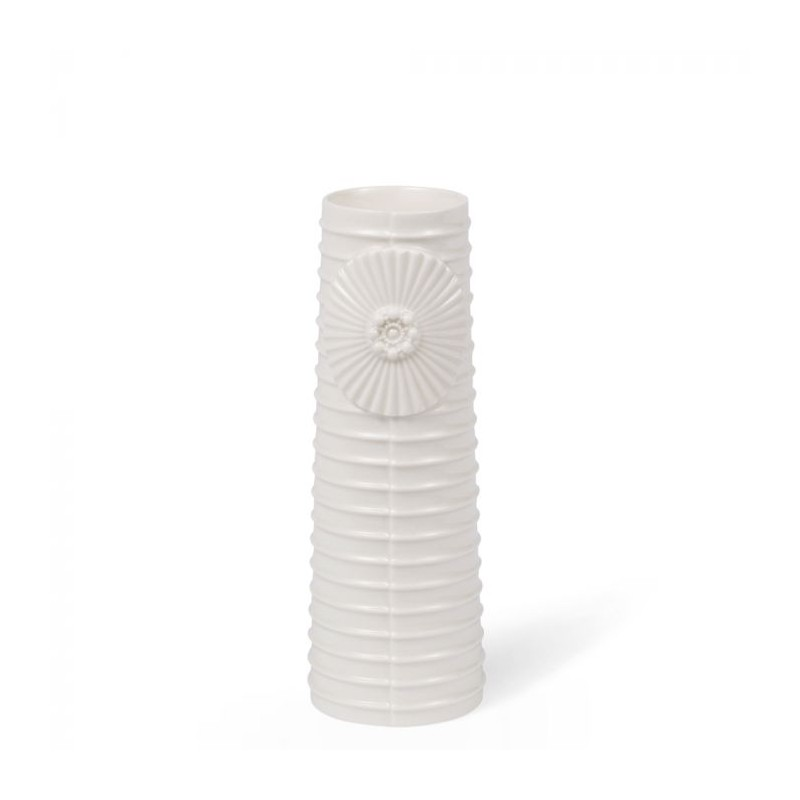 Image of   Finnsdottir Vase, Pipanella Lines Medium, Hvid