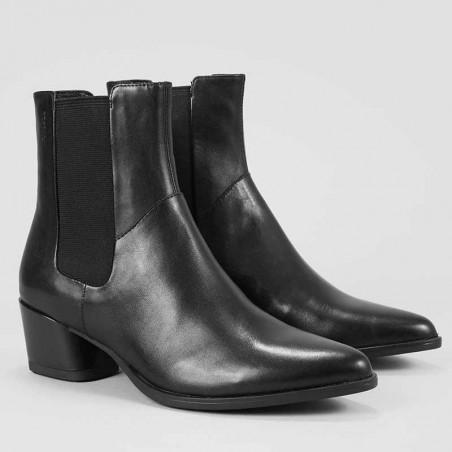 Vagabond Støvler, Lara, Black - Fra siden