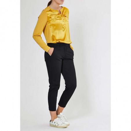 PBO Bluse, Middleton, Gold - Model