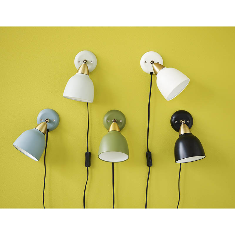 Superliving lampe, urban short wall, whisper white fra superliving på superlove