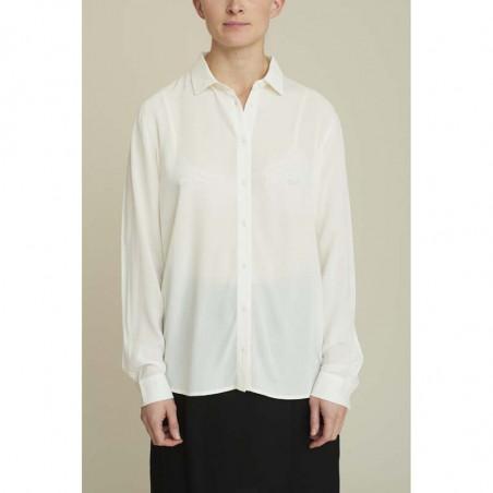 Basic Apparel skjorte, Alanis, eggnog, model, Basic Apparel skjorte, Alanis, creme, model