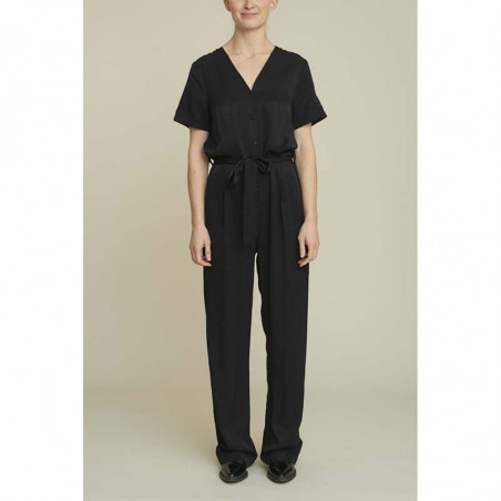 Basic Apparel Buksedragt, Keira, Black Basic Apparel Bukser Basic Apparel jumpsuit front