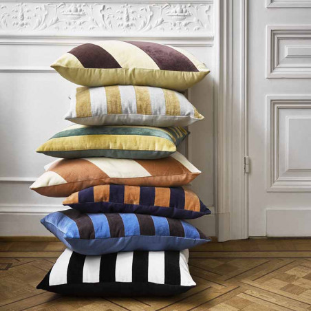 HK Living pude, striped cushion velvet, yellow/purple, model, pyntepude
