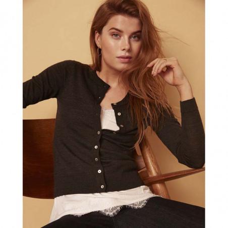 Minus Cardigan, Rose, Dark Grey Melange - model