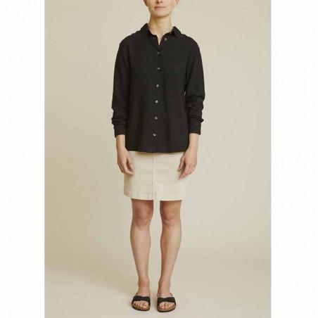 Basic Apparel Skjorte, Trine, Black - Model