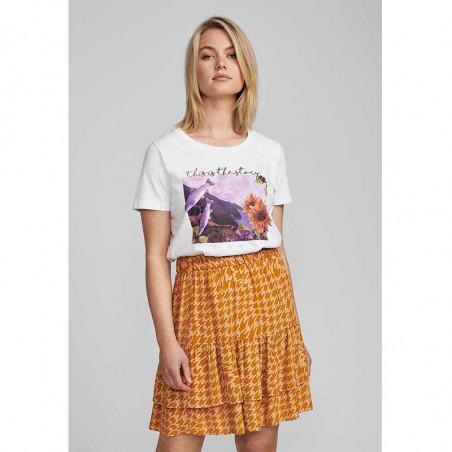 Nümph T-shirt, Nubryce, B. White Fish Numph T-shirt med print på model