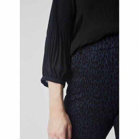Modström Bluse, Eva, Black Modstrøm tøj, bluser til kvinder detalje