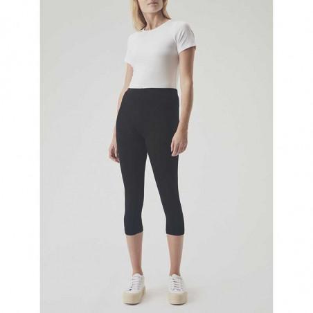 Modström Leggings, Kendis Short leggings, Black på model