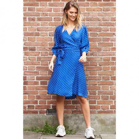 Lollys Laundry Kjole, April, Neon Blue model detalje