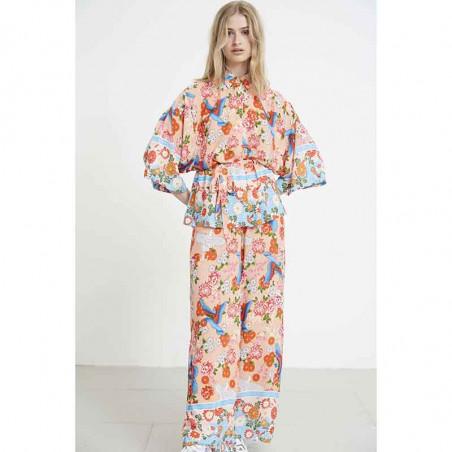 Hunkøn Skjorte, Charlot, Peach Hunkon Kimono og bukser på model