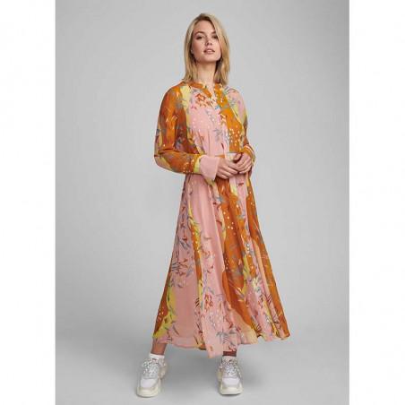 Nümph Kjole, Nukyndall Dress, Buck Brown numph kjole på model