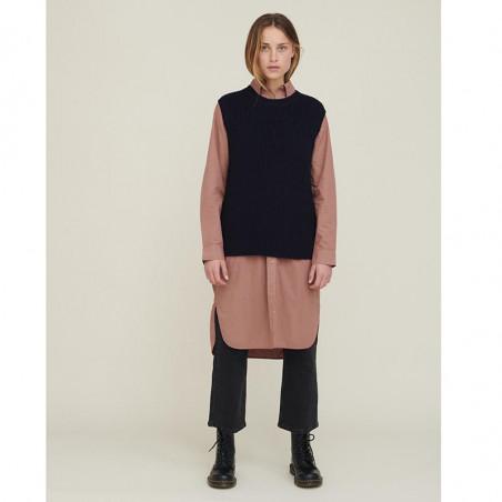 Basic Apparel Skjorte Kjole, Vilde Organic, Acorn Basic Apparel Shirt dress look med vest