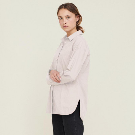 Basic Apparel Skjorta, Vilde Organic, Chalk på model