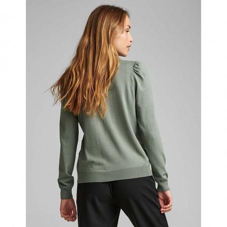 Nümph Bluse, Nubaojin, Agave Green pullover numph tøj på model bagfra