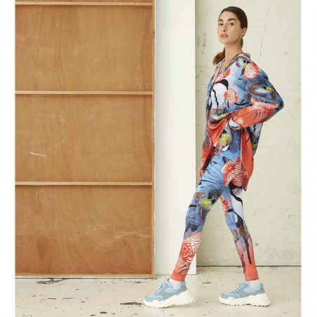 Hunkøn Skjorte, Wanda, Fish Art Print shirt dame på model helfigur fra siden