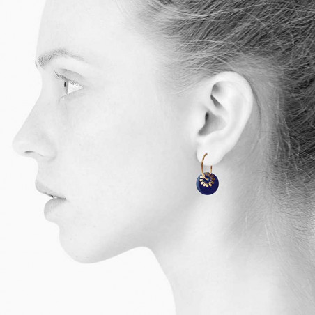 Scherning Øreringe scherning, Bloom, midnight-gold scherning smykker scherning  københavn på model