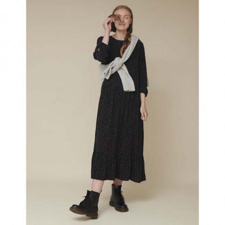 Basic Apparel Kjole, Julia, Black Basic Apparel julia dress look
