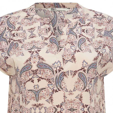 PBO Bluse, Dust, Light Taupe Print pbo group dametøj PBO silkebluse detalje