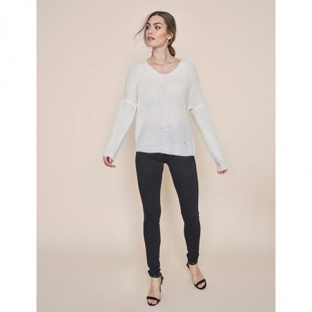 Mos Mosh Jeans, Alli Core, Black på model