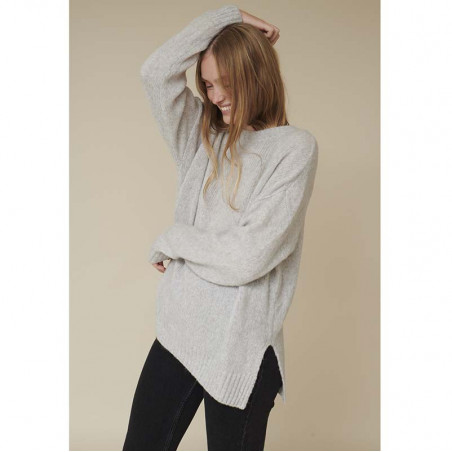 Basic Apparel Strik, Marnie O-neck, Light Grey Mel Basic Apparel sweater med slidser