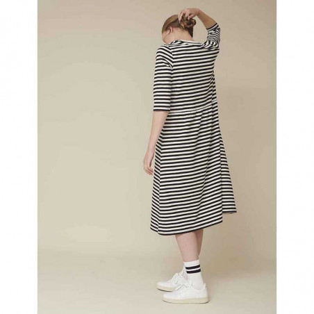 Basic Apparel Kjole, Elba dress, Black-Off White stribet kjole i økologisk bomuld.
