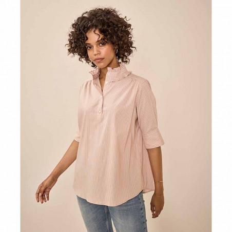 Mos Mosh Bluse, Lina Frill blouse, Cuban Sand på model