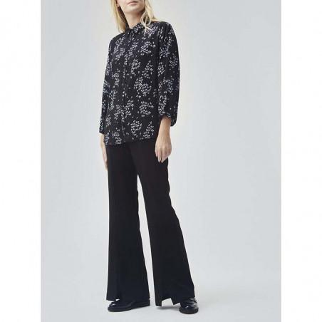 Modström Skjorte, Hunch Print Shirt, Flower Pond Modstrøm bluse på model