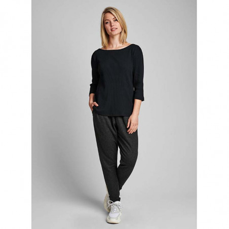 Nümph T-shirt, Nudari, Caviar Numph bluse på model look