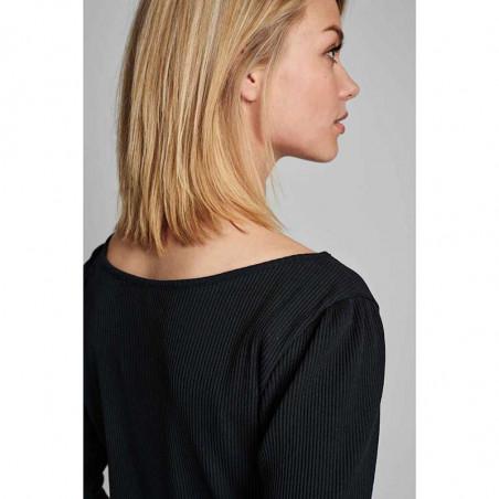 Nümph T-shirt, Nudari, Caviar Numph bluse på model detalje