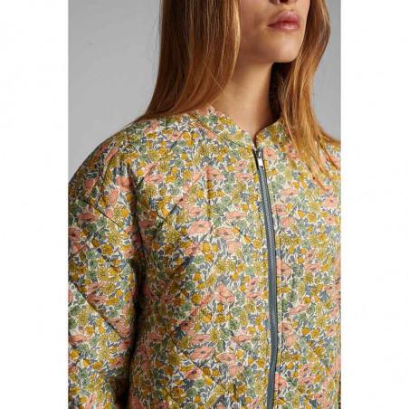 Nümph Jakke, Nufleur, Aquifer Numph quilt jakke - forårsjakke  vatteret jakke kort nûmph jakke på model detalje