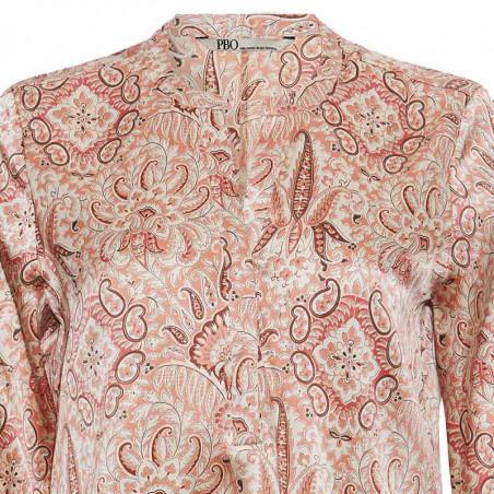 PBO Bluse, Bali, Rosa Print PBO silkebluse detalje