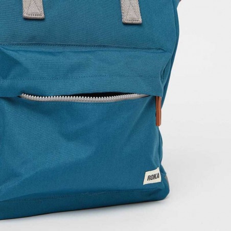 Roka Rygsæk, Bantry B Sustainable Medium, Marine, roka backpack, roka taske, petrol rygsæk, lomme