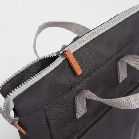 Roka Rygsæk, Bantry B Sustainable Medium, Ash, roka backpack, roka taske, sort rygsæk, lynlås