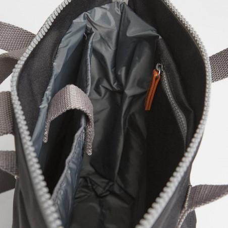 Roka Rygsæk, Bantry B Sustainable Medium, Ash, roka backpack, roka taske, sort rygsæk, indeni
