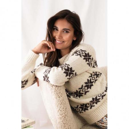 Lollys Laundry Strik, Tommy Jumper, Creme LollysLaundry sweater på model Sarah Lund strik trøje