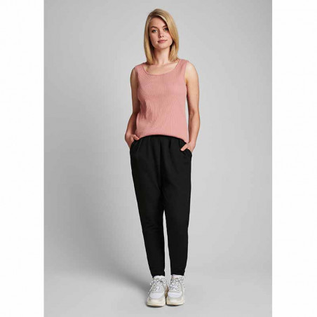 Nümph Top, Nudari, Ash Rose numph tanktop  Bæredygtig viscose top på model look