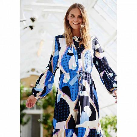 Nümph Kjole, Nucasey, Dark Sapphire Numph kjole i bæredygtig kvalitet på model