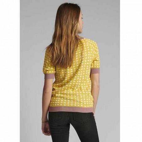 Nümph Bluse, Nycaitlyn Tee, Snapdragon Numph bluse Strikbluse med lurex på model bagfra