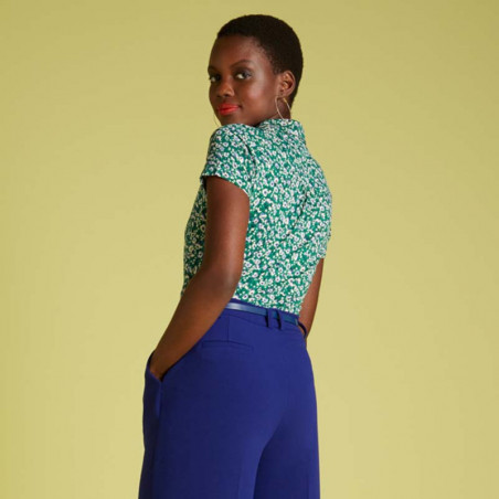 King Louie Bluse, Perris, Opal Green, Bluse i jersey, bluse med blomsterprint  - Model