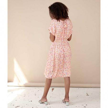 Hunkøn Kjole, Louisa, Peach W/Dot, sommerkjoler, kjoler med print, kjoler til fest, kjole til hverdag, hverdagskjole - Model