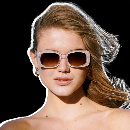 A Kjærbede Solbriller, Salo, Light Grey på model