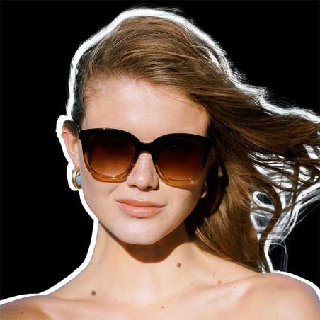 A Kjærbede Solbriller, Billy, Black/Brown på model