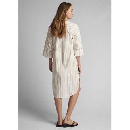 Nümph Kjole, Nucantata, Bright White Numph skjortekjole i kaftan snit look bagfra