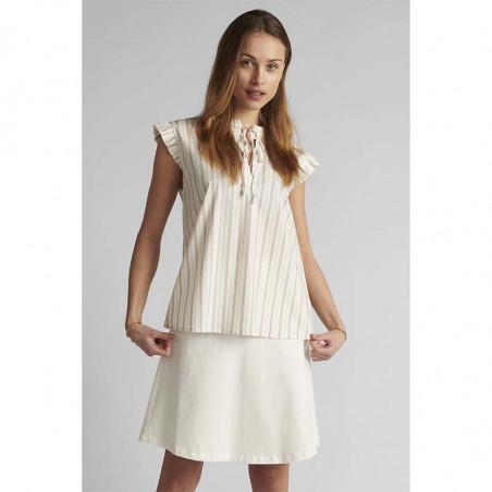 Nümph Bluse, Nucantata, Bright White, sommertoppe, numph tøj, toppe - Model