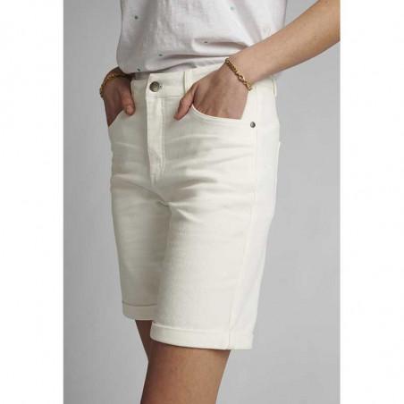 Nümph Short, Florida, Bright White, Numph tøj, shorts til kvinder - Fra siden