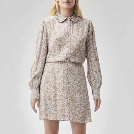 Modström Skjorte, Isa, Bluebell, skjorter med print, skjorter med flæsekrave - model