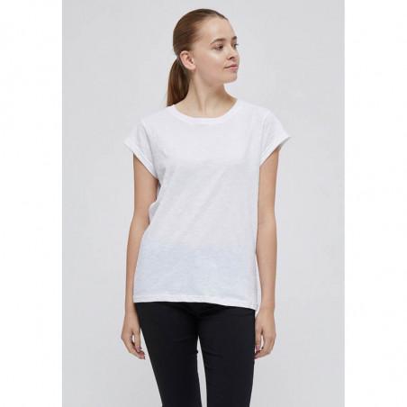 Minus T-shirt, Leti, White Minus basis top - Leti i hvid på model