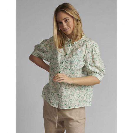Nümph Skjorte, Nugrenoble, Cloud Dancer, kortærmede skjorter, numph tøj, nümph bluser  - Model