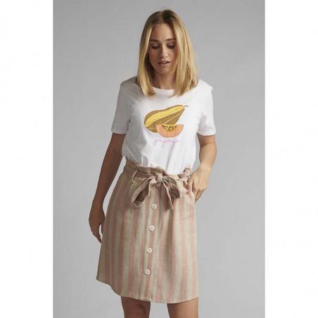 Nümph T-shirt, Nucatkin, Bright White, numph tøj, numph bluse, t-shirt i økologisk bomuld - Model